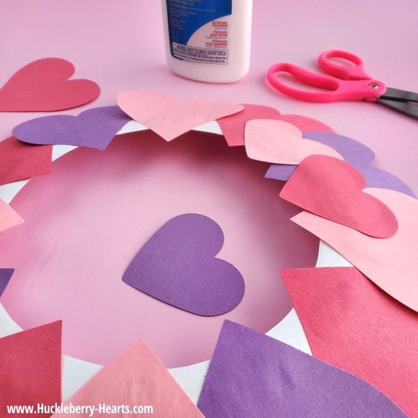 How to Make a Paper Plate Valentine Wreath