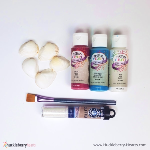supplies for a seashell craft